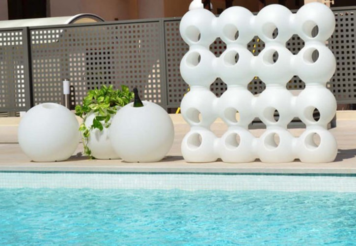 Functional Bright Planters modern