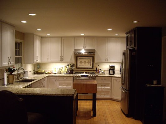 Granite kitchen backsplash decor