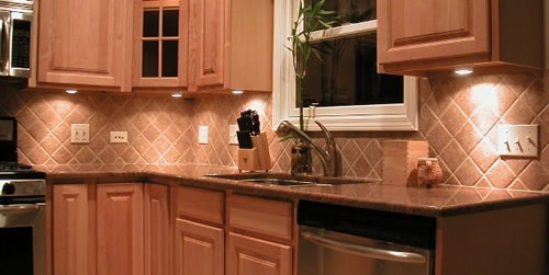 Granite kitchen backsplash ideas