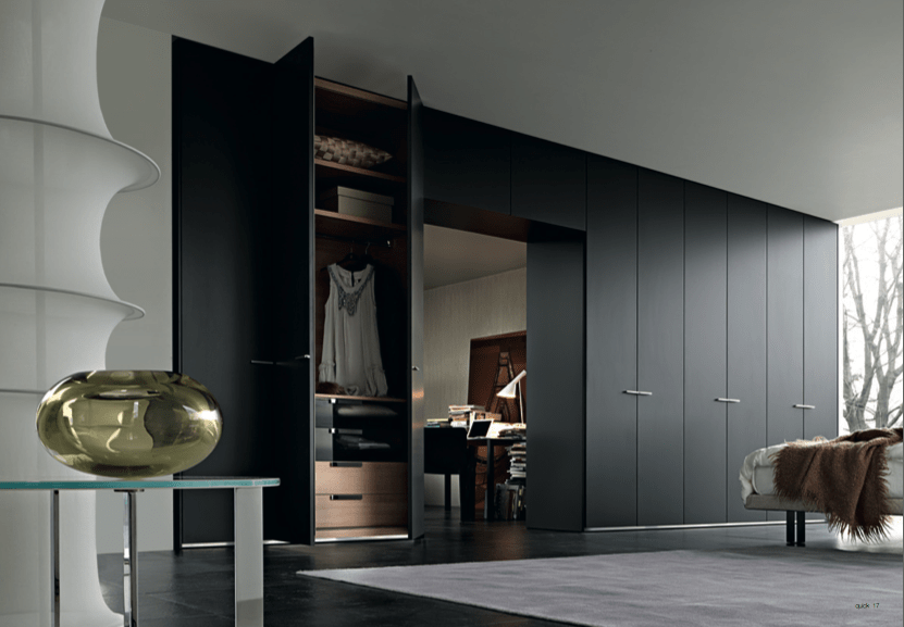 Walk in closet design layout