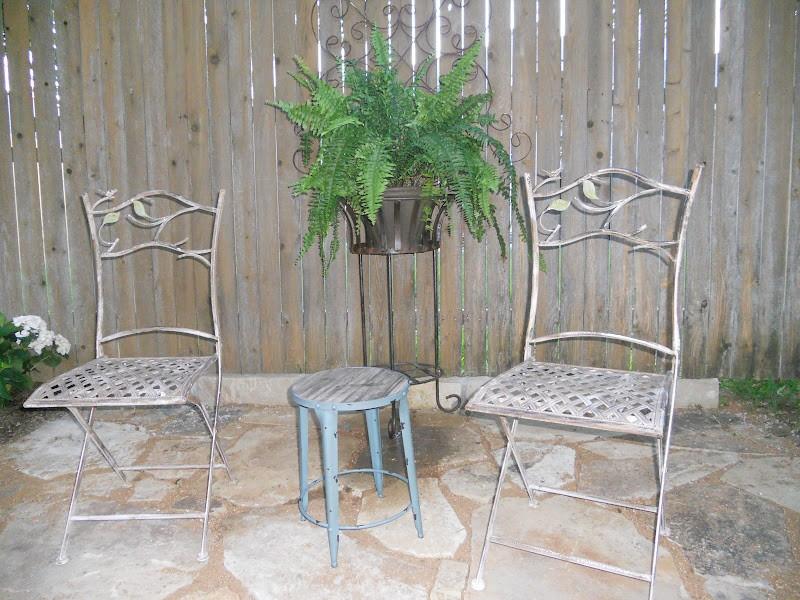 Metal hanging garden chair decor