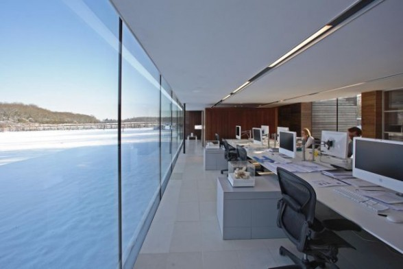 Offices with glass walls ideas
