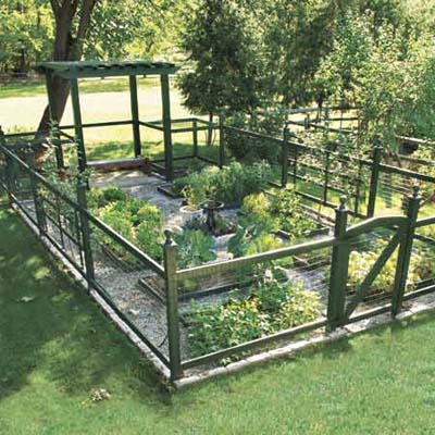 Design Vegetable Garden On Vegetable Garden Fence Ideas