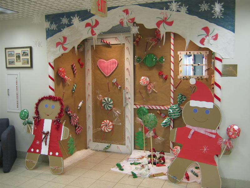 Christmas door decorations contest