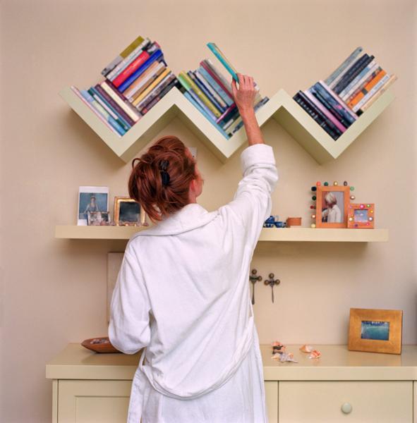 Decorative shelf brackets wooden