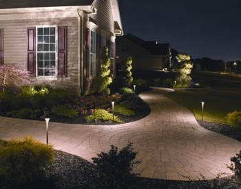 Low voltage outdoor lighting landscape