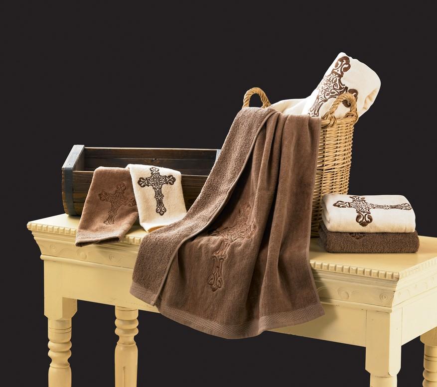 Luxury bath towels decor