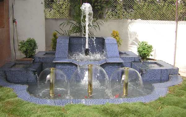 Outdoor water fountains friendly luxury to your outdoor spaces