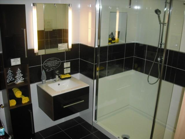 Contemporary walk in shower ideas
