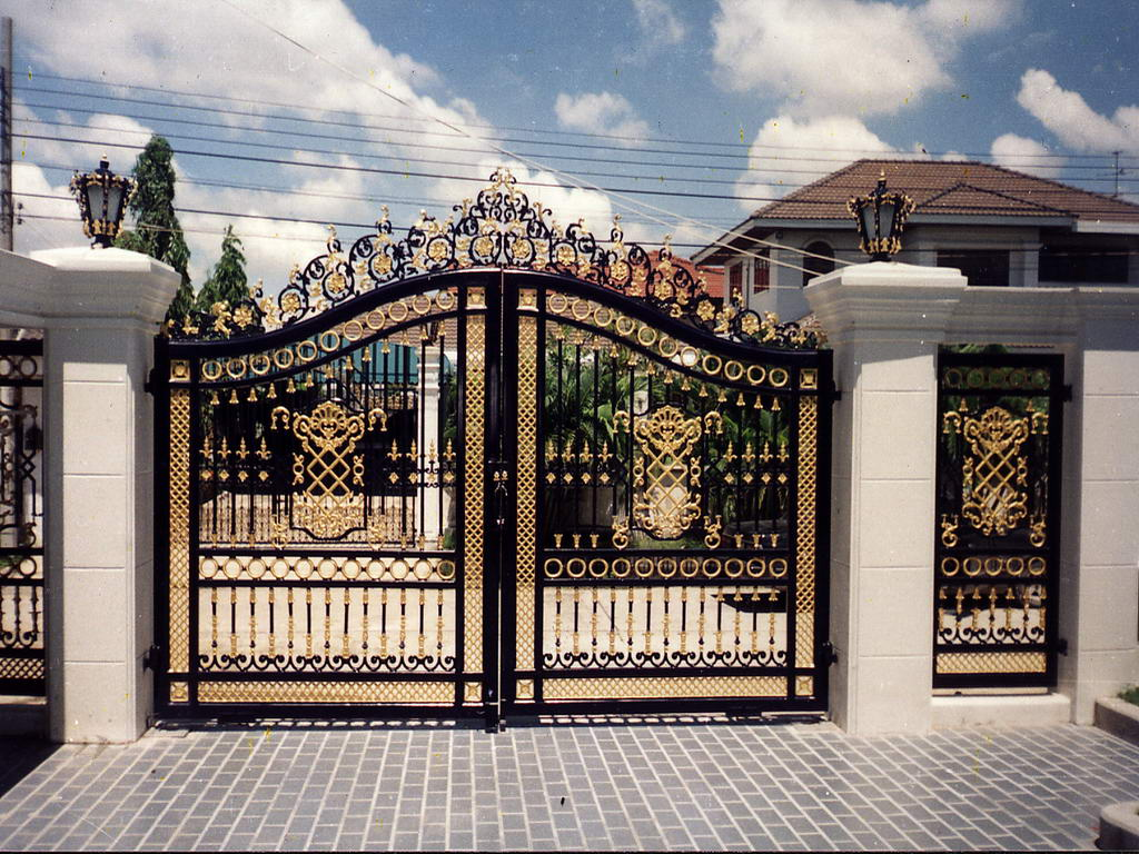 Steel gate design photo