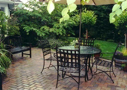 Small patio ideas modern