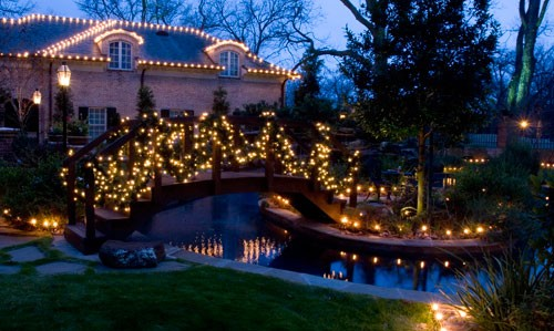 Outdoor christmas lights decorating