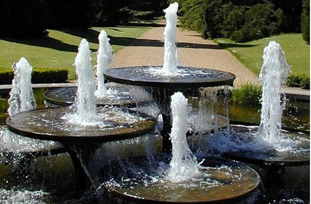 Outdoor water fountains modern